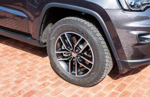 All-Season Tires For Jeep Grand Cherokee