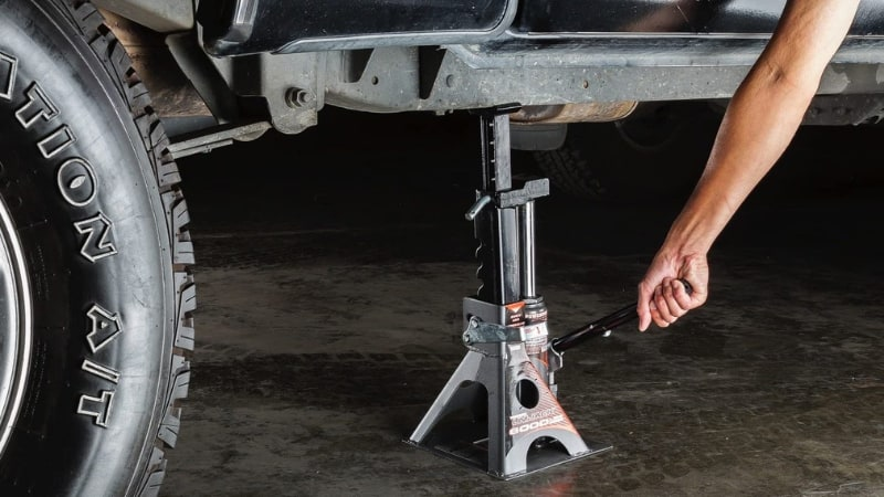 Best Bottle Jack For Lifted Jeep And Truck